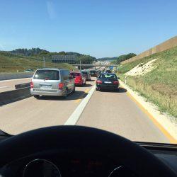 Der erste Reisetag: Kilometer fressen bei 35 Grad im Stau auf deutschen Autobahnen
