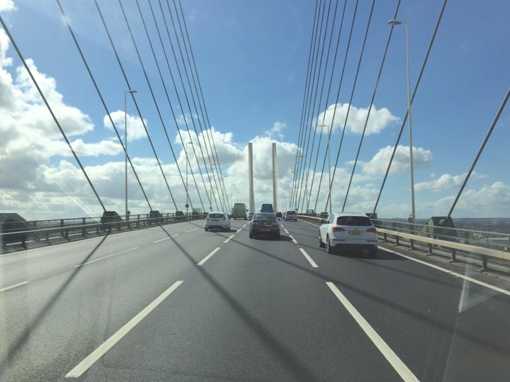 Themse Bridge