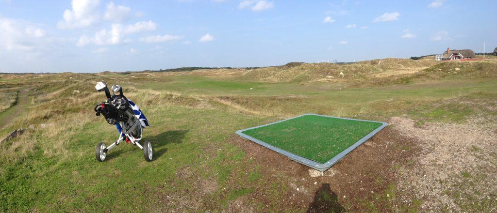 Mattenabschläge in den Dünen: Golf in Dänemark Fanö Golf Links