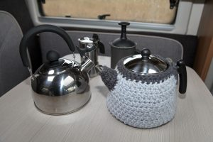 Teekessel und Kaffeekocher
