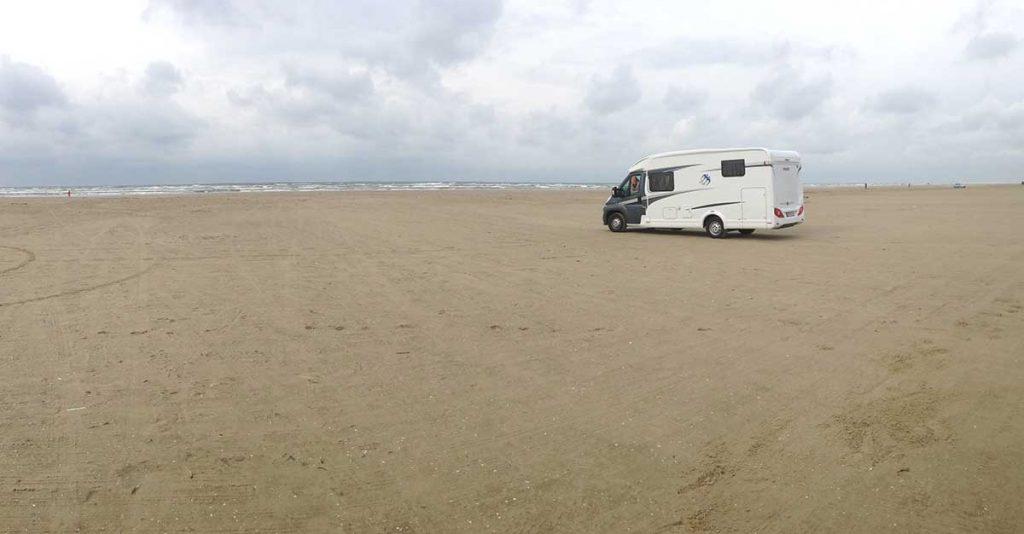 Der befahrbare Strand in Rindby auf Fanø in Dänemark