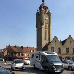 Glockenturm von Bergues im Département Nord